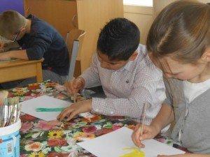 Druk bezig met tekeningen voor Fakovici